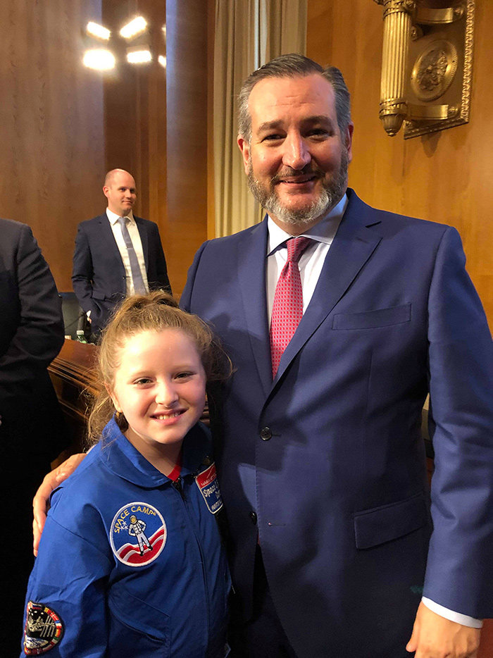 Amelia Gillespie met Senator Ted Cruz, who chairs the Senate subcommittee on aviation and space.
