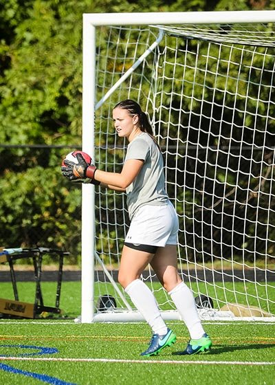 Sarah Cuttler made 14 saves in Chesapeake's 2-2 tie with South River.