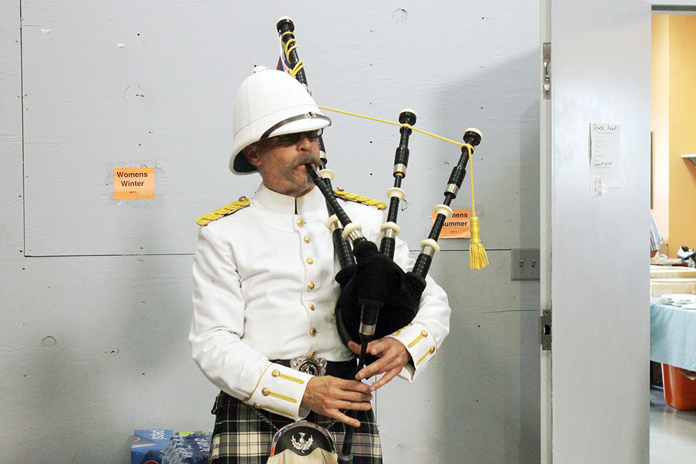 Jay Barringer entertained the crowd with his bagpipe.