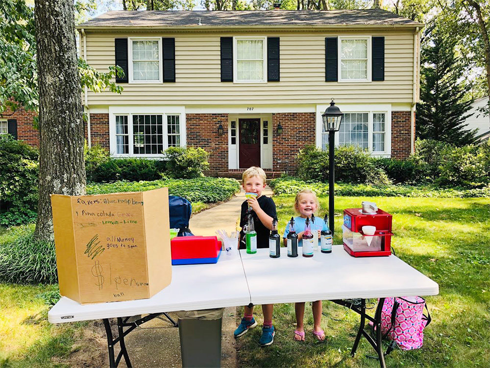 Each year, Chartwood neighbors host a children's Halloween parade paired with a chili cook-off. There is also a Christmas party, Easter egg hunt, and adult-only activities such as progressive dinners and a brewery tour.