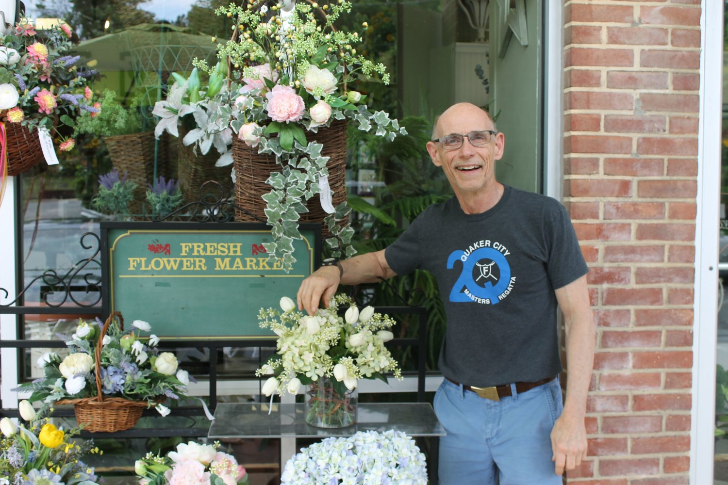 On behalf of Severna Flowers & Gifts, owner Bill Dyott accepted the award for Best Florist.
