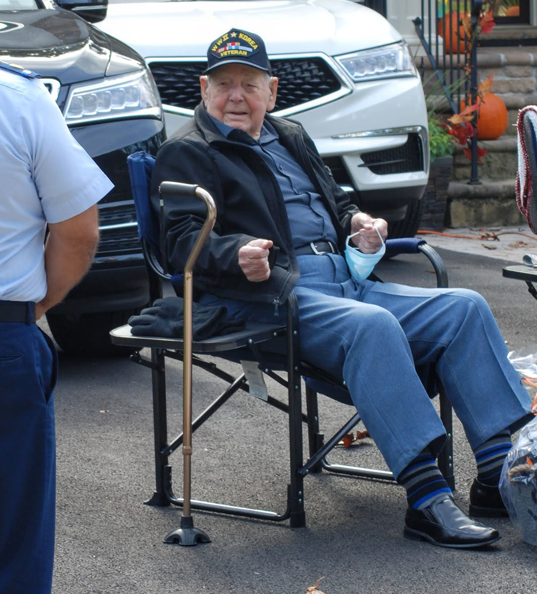 Earl Daff was greeted by several motorists on October 18 as they drove by his daughter's Severna Park home.