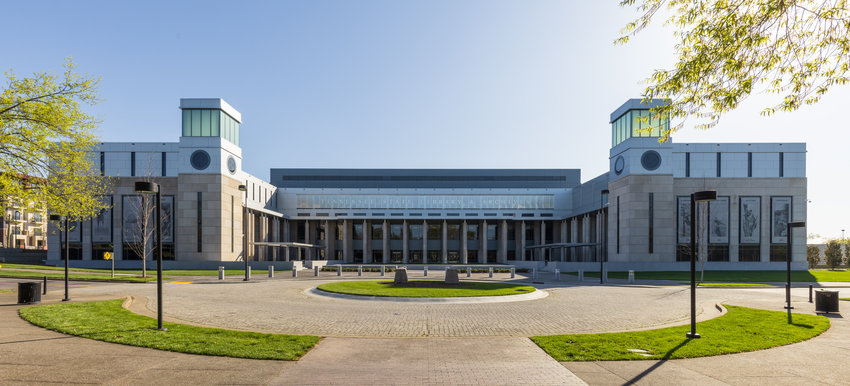 The new Tennessee State Library and Archives courtyard facing the Bicentennial Capitol Mall State Park.