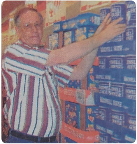 9-27-2001 - Lifelong White County resident Charles Spakes retires after 44 years in the grocery business.
