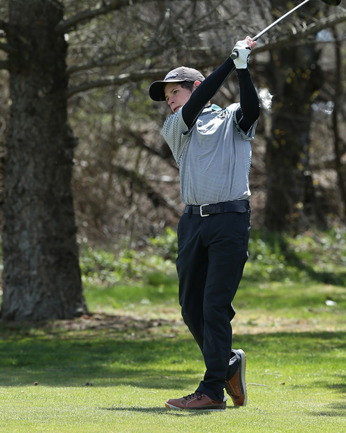 Ithaca High School graduate Collyn Shippos will tee it up at the NJCAA Championships, June 7-10 at the Chautauqua Golf Club.