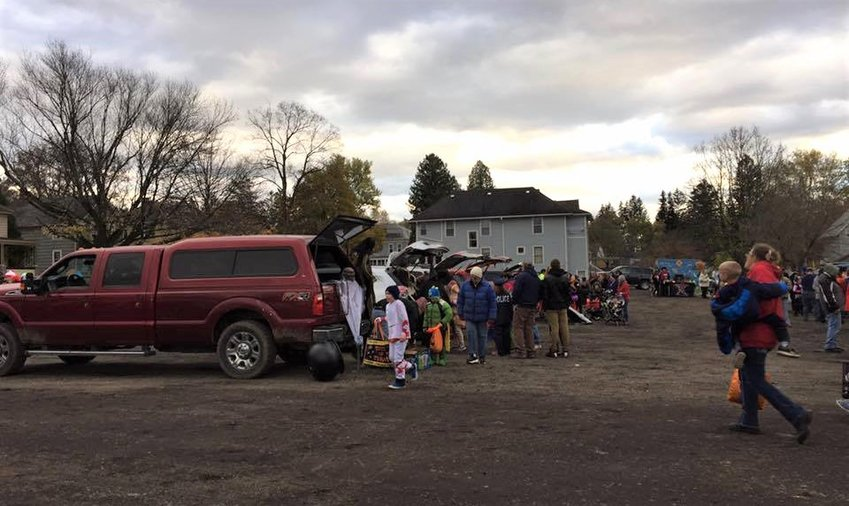 The first Groton Trunk-or-Treat in 2017. Coordinator, Jennifer Foote-Dean, said it was a fantastic event and they hope to see it grow even larger this year!