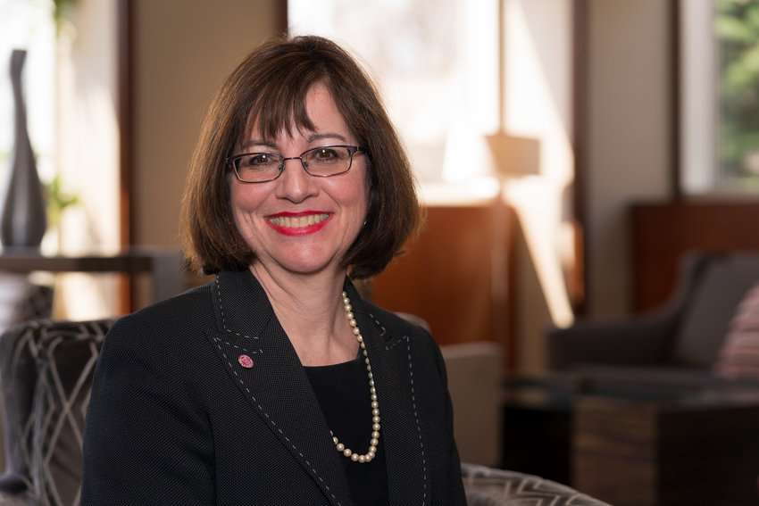 Candace Maxian is AssociateDirector/External Relations in the Cornell SC JohnsonCollege of Business.