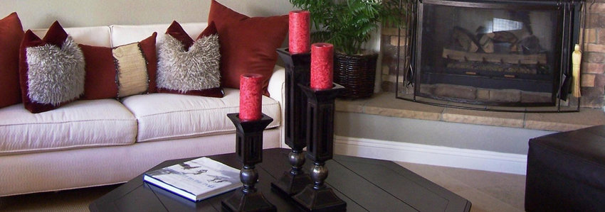A new estate-sale outlet is open in Apache Junction.