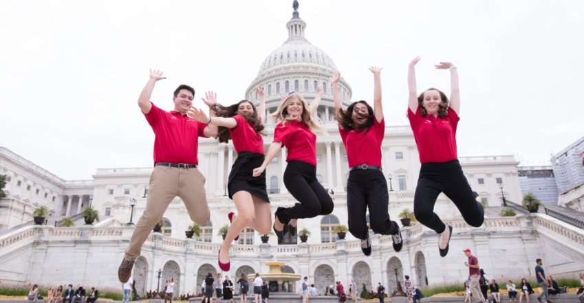 Bank of America's Student Leaders program is accepting applications through the end of January. Five students from Arizona went to Washington DC as part of the program last year.