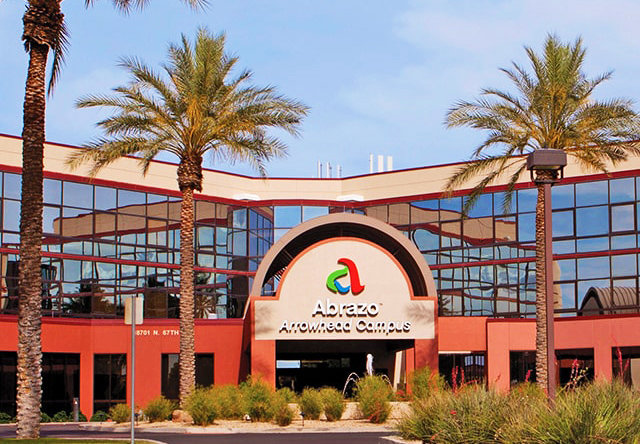 Abrazo Arrowhead Hospital is located in Arrowhead Orchards Medical Center in Glendale.