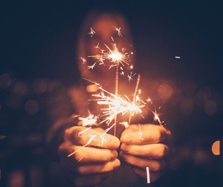 Sparklers are legal in Arizona, but use common sense when using them.