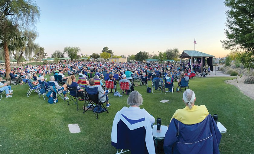 The Faded Jeans concert at Beardsley Park, 20011 N. 128th Ave., was sold out with 1,000 Sun City West residents in attendance.