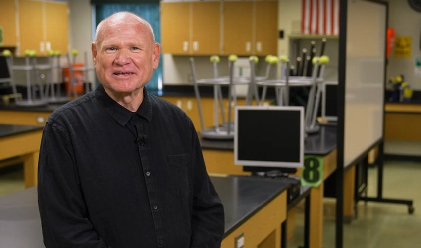 Peoria High School science teacher Jeff Sears has been named the Peoria Independent Hometown Hero in the trailblazer category.