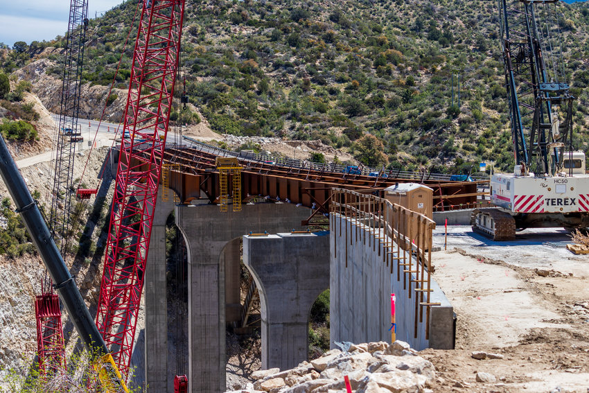 More information about the project is available at azdot.gov/PintoCreekBridge.