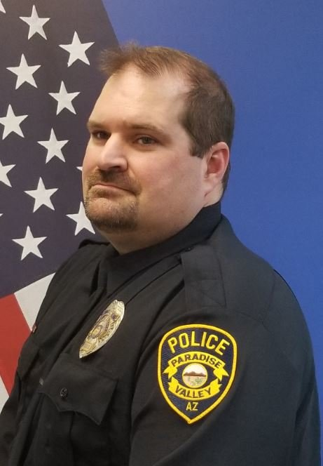 Ofc. James Skinner received a Lifesaving Award from the Paradise Valley Police Department