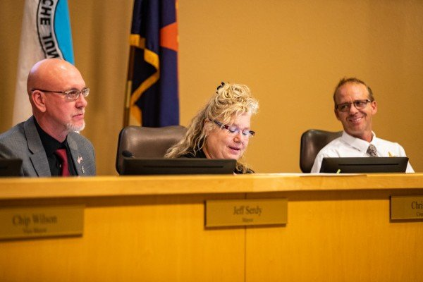 Apache Junction Mayor Jeff Serdy and councilmembers Christa Rizzi and Robert Schroeder at a recent council meeting.