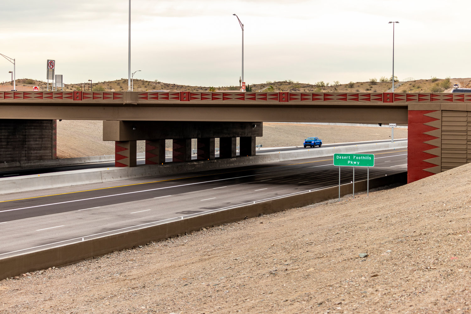 Loop 202 South Mountain Freeway opens to traffic | Your Valley Map Interstate Scottsdale on interstate 421 map, i-10 map, interstate 4 map, interstate 25 map, lincoln way map, interstate 8 map, interstate 81 map, texas map, interstate 75 map, interstate 5 map, interstate 27 map, interstate 20 map, interstate i-10, interstate 70 map, i-70 colorado road map, interstate 80 map, highway 82 map, interstate 422 map,