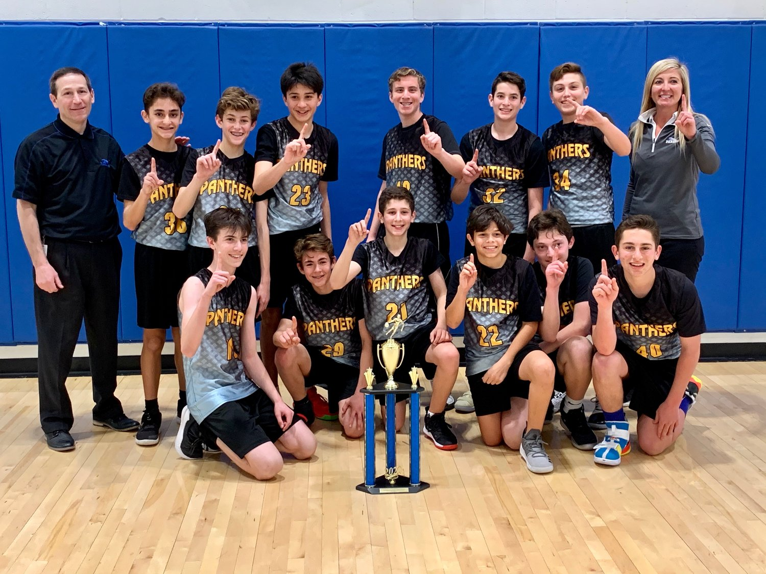 The Pardes Jewish Day School sevneth and eighth grade boys basketball team finished first in the 2020 Mountain Valley Athletic League Season Two Playoffs.