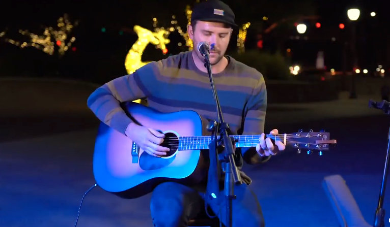 Micah Bentley performs at the Old Town Holiday Lights in Peoria on Dec. 14.
